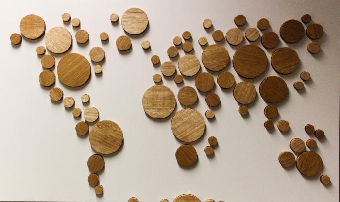 Wooden world map limba circles wood